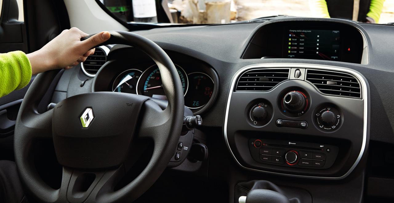 Déjese ayudar por la tecnología de su vehículo
