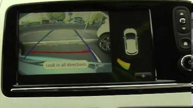 ZOE - CLIO : Ayuda al aparcamiento / Cámara de marcha atrás